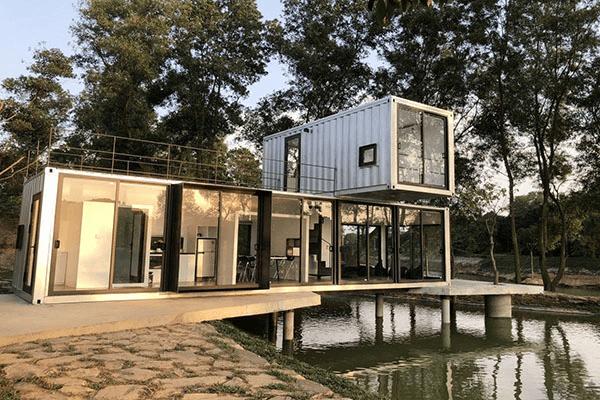 Nhà container đẹp trên hồ
